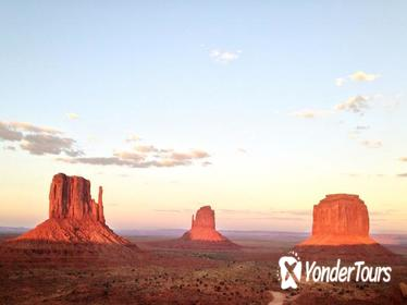 1.5 Hour Tour of Monument Valley's Valley Loop Drive