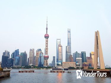 1-Day Shanghai sightseeing Tour by Subway (Metro) with Private Guide