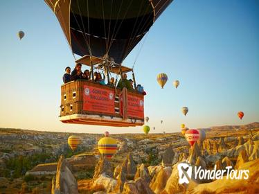 1-hour Hot Air Balloon Flight Over the Fairy Chimneys in Cappadocia