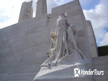 2 day Canadian Somme and Flanders battlefield tour starting from Ypres or Bruges