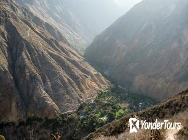 2-Day Group Tour to Colca Canyon from Arequipa to Puno