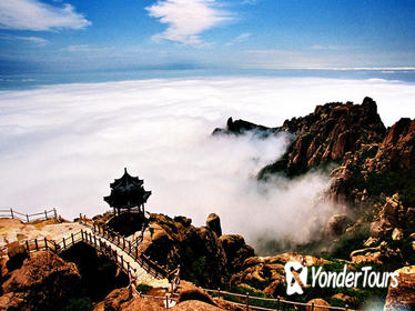 2-Day Qingdao Tour: Catedral de San Miguel, Laoshan Mountain and Qingdao Beer Museum