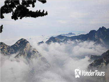 2-Day Xi'an Private Tour: Mount Huashan and Terracotta Warriors