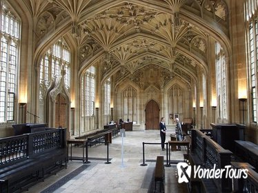 2-Hour Harry Potter and Other Movie Locations Walking Tour of Oxford