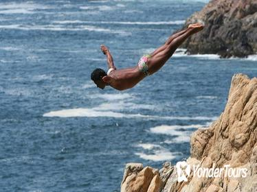 2-hour Iconic High Cliff Divers Shows in Acapulco