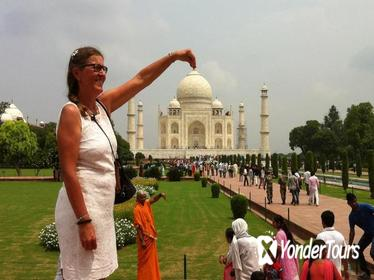 3-Day Private Taj Mahal Agra Jaipur Tour From Delhi with Fatehpur Sikri