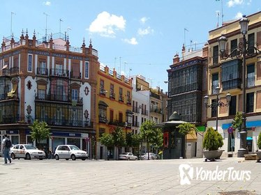 3-Hour Private Guided Walking Tour of Triana