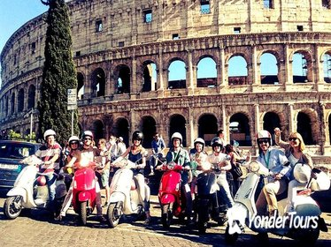 3-Hour Small-Group Vespa Tour of Rome with Lunch