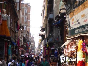 3-Hour Thamel Sightseeing Tour by Rickshaw in Kathmandu