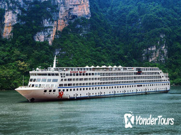 3-Night Yangtze Gold 5 Three Gorges Cruise Tour from Chongqing to Yichang