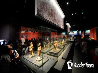 4-Hour Private VIP Tour of Shaanxi History Museum and Xi'an Museum