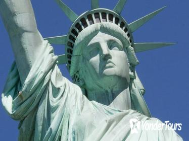 60-Minute Lady Liberty Boat Cruise