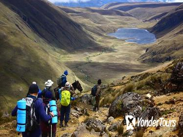 6-Day Ecuador Andes Hiking Tour from Quito