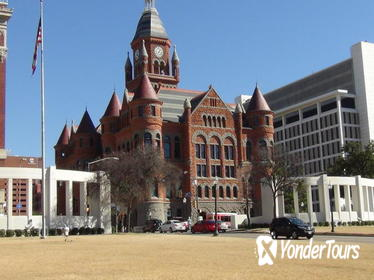 75-Minute Small-Group Dallas City Highlights Tour by Minivan