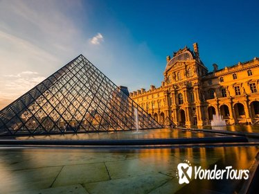 8 hour Paris Guided Tour including Louvre Masterpieces private tour