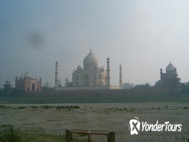 Agra Private Tour: Taj Mahal, Agra Fort, Tomb of Itimad-ud-Daulah and Fatehpur Sikri