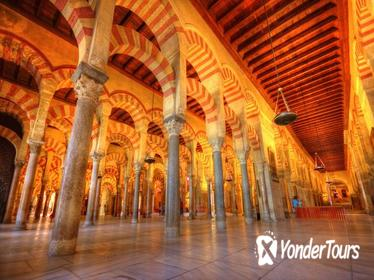 Alcazar, Mosque of Cordoba, Jewish Quarter, and Synagogue Tour from Seville