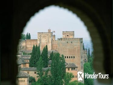 Alhambra and Generalife Private Guided Tour in Granada