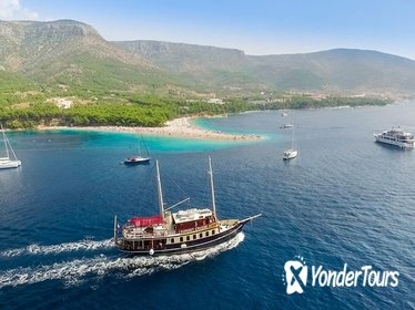 All Inclusive Full Day Cruise to Island Braā - Golden Horn Beach