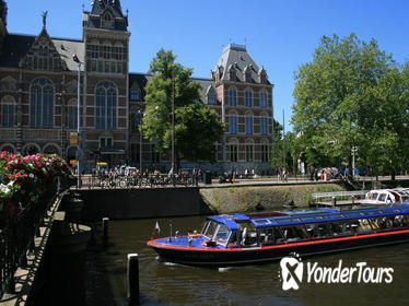Amsterdam Canal Cruise and Skip The Line Rijksmuseum