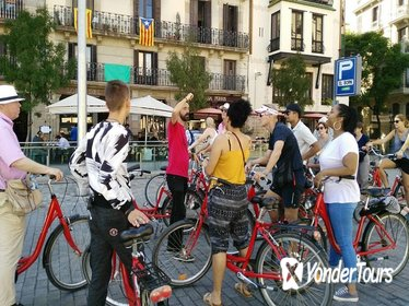 Barcelona Bike Tour Including Tapas Lunch