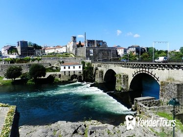 Barcelos and Ponte de Lima Day Trip with Lunch From Braga-Guimaraes