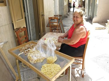 Bari Walking Tour with Pasta Experience