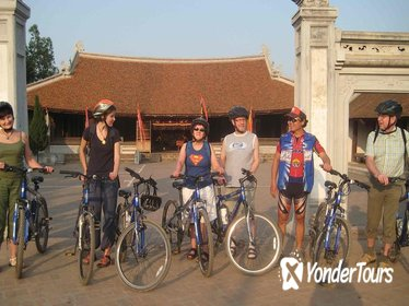 Bat Trang Ceramics village biking tour from Ha Noi