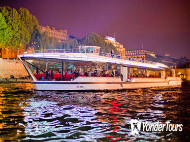 Bateaux Mouches Paris Seine Early Evening Dinner Cruise