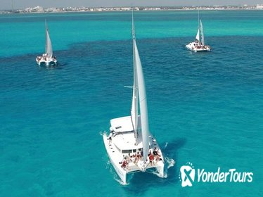 Catamaran Day Cruise to Isla Mujeres from Cancun