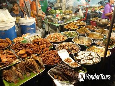 Chiang Mai Street Food Small-Group Night Tour