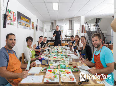 Choose Your 5 Dishes: Half-Day Cooking Class in Bangkok with Market Tour