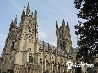 Christmas at Canterbury Cathedral, Kent Villages, and Festive Lunch Tour