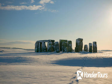 Christmas Day Tour: Windsor, Stonehenge, Bath and Lacock
