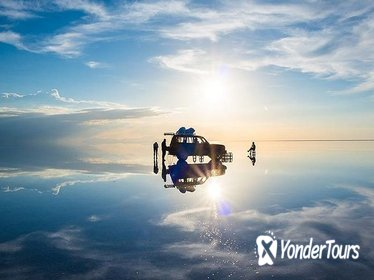 Classic Full-Day Uyuni Salt Flats - Shared 4WD Tour with English-Speaking Guide