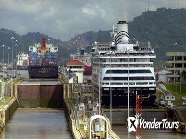 Colon Shore Excursion: Panama City and Canal Private Tour