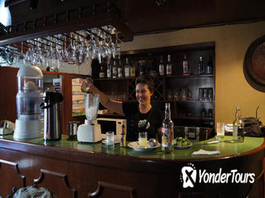 Cusco Night Walking Tour and Pisco Sour Lesson