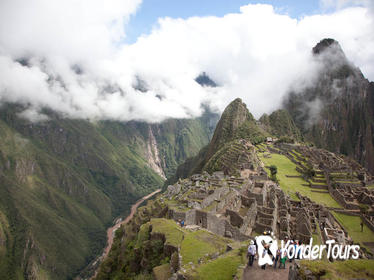 Day Tour to Machu Picchu on Expedition Service