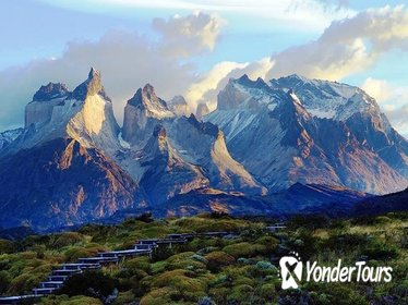 Day Trip to Torres del Paine National Park: Group Tour