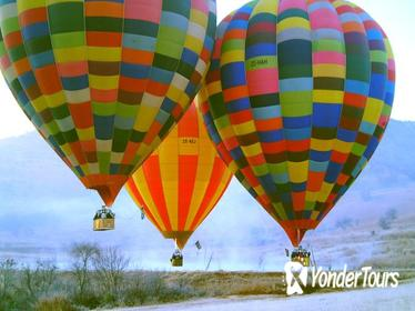 Early Morning Balloon Safari with Breakfast from Magaliesburg