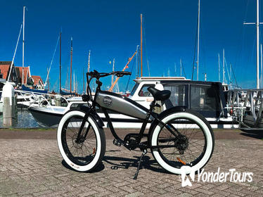 E-fatbike rental and One-day bus ticket Amsterdam region - Countryside Amsterdam