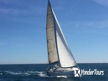 Exclusive sailing boat 2h
