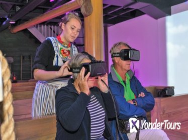 Experience Volendam Historical Virtual Reality tour & Oneday bus from Amsterdam