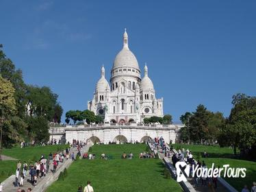 Explore Montmartre with your private guide.