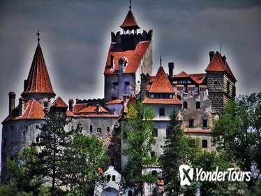 Famous Castles of Romania and Brasov Medieval Town - Day Trip from Bucharest
