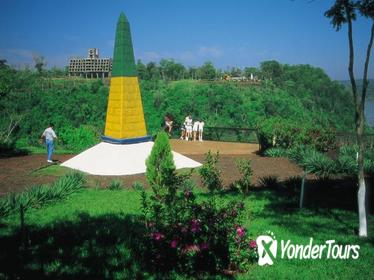 Foz do Iguaçu City Tour including Landmark of the Three Frontiers, World Wonders with Wax Museum and Dinosaur Park