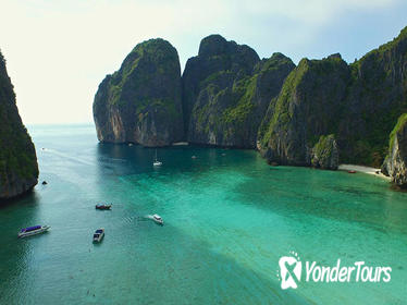 French Guide : Phi Phi Island Snorkelling day tour with lunch from Phuket and KhaoLak