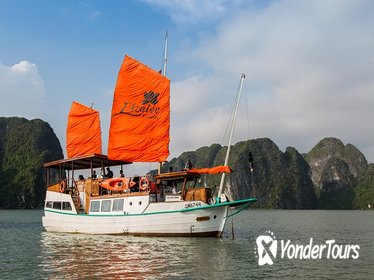Full-Day Group Tour to Halong Bay on a Deluxe L'azalee Cruise from Hanoi