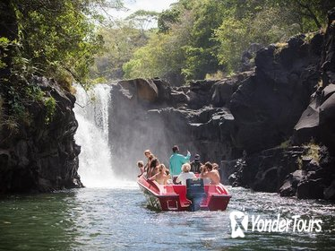 Full-Day Private Speedboat Tour to Ile Aux Cerfs