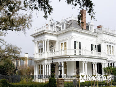 Garden District and Cemetery Walking Tour